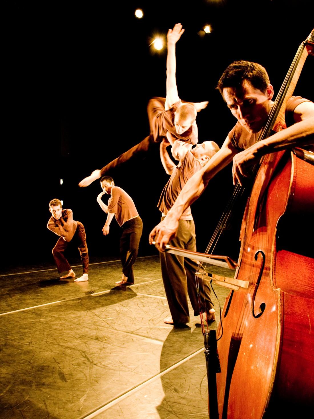 Retina Dance present Antipode.  Nuffield theatre 26th Jan 2010