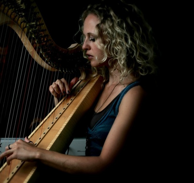 The Girl with Three Harps.