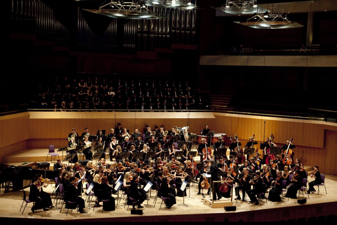 Chetham's Symphony Orchestra perform at The Great Hall, Lancaster University on 17th October 2013.