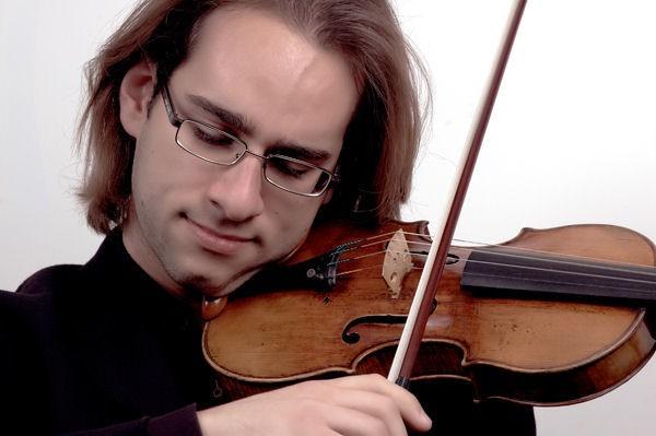 Giovanni Guzzo playing2